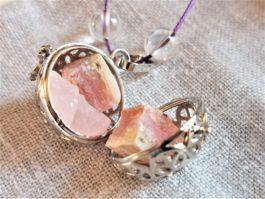 Collier minéral de grossesse quartz, opal rose et cristal de roche
